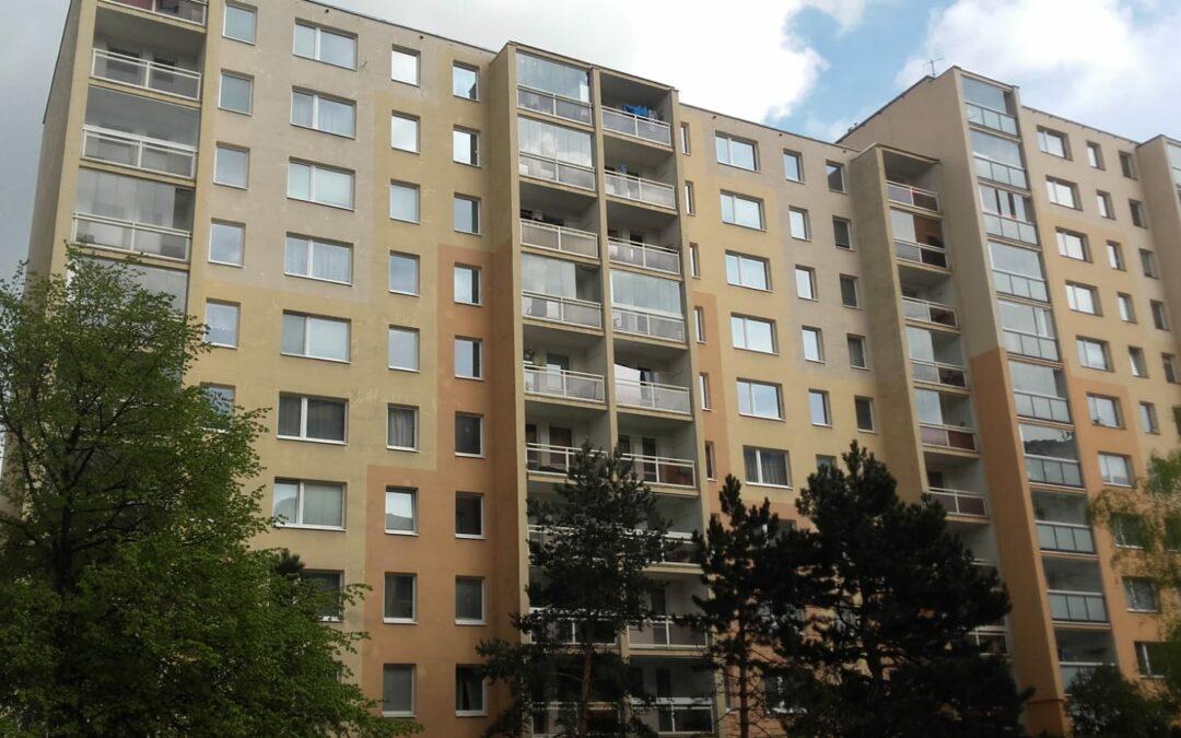 Renovace fasády panelového domu, 3000 m2 – Praha – 4-5/2017